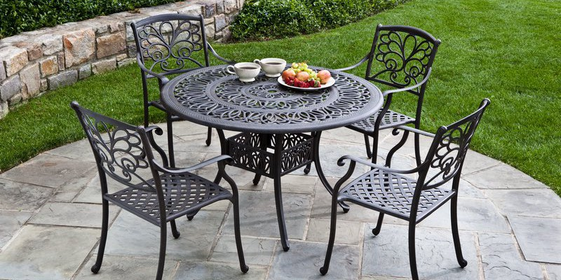 metal-garden-furniture-1