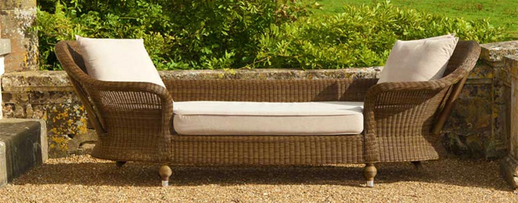 Garden furniture great garden furniture rattan u patio for Cheap modern garden furniture uk