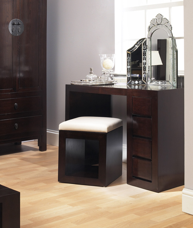Executive Wooden Dresssing Tables. Dressing Table